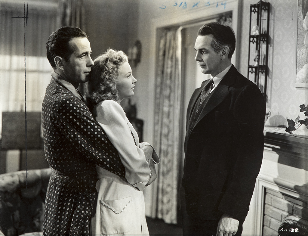 Humphrey Bogart, Julie Bishop, and Raymond Massey
